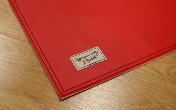 American beauty (red) placemat